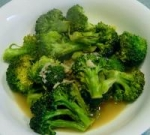 Braised Broccoli with Garlic, Anchovies & Wine picture