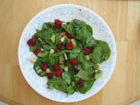 Splendid Raspberry Spinach Salad picture