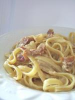 Fettuccine with Brie and Bacon Sauce picture
