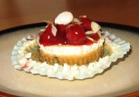 Cherry-Almond Cheesecake Cookie Cups picture