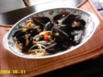 spicy mussels in white wine sauce picture