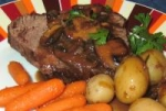 Roast Fillet of Beef with Mushroom-Tarragon Sauce picture