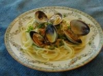 Linguine with White Clam Sauce picture