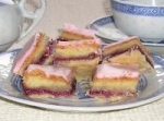Aunt Helen's Almond-Raspberry Rice Squares picture