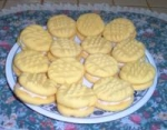 Custard Cream Cookies picture