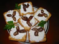 Goat Cheese & Dates Crackers picture