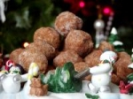 Apple Cinnamon Balls No Bake Cookies picture