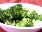 Broccoli With Lemon Garlic Almond Butter picture