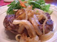 Spicy Filet Mignon With Grilled Sweet Onion picture