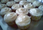 Banana Cupcakes With Cream Cheese Frosting picture