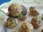 Pistachio-Goat Cheese Bites picture