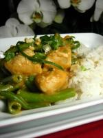 Chicken and Green Beans in Spicy Peanut Sauce! picture