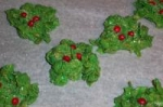 Holly Leaves (No Bake) picture