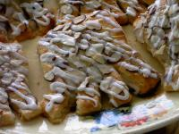 Crescent Bear Claws picture