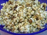 Easy Caramel Nut Popcorn picture