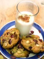 Rum-Drunk Cranberry Hazelnut Cookies picture