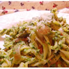 Pasta with Spinach Pesto Sauce picture
