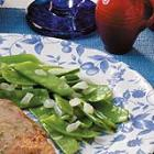 pea pods with onion picture