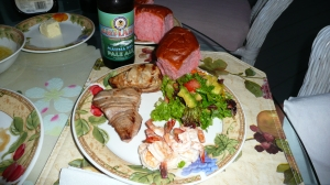 ono, shrimp & ahi w/ a salad picture