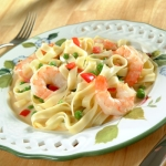 shrimp and garlic fettuccine alfredo picture