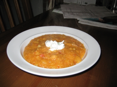 peanut stew with sourcream chive topping picture