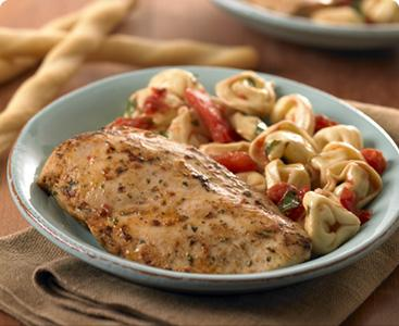 Cheese Tortellini with Tomatoes and Chicken picture