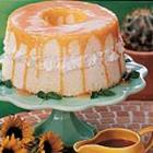 angel food cake with caramel sauce picture
