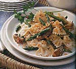 farfalle with asparagus, roasted shallots and blue cheese picture
