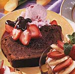 chocolate pound cake with strawberry ice cream and bittersweet chocolate sauce picture