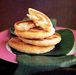 fried masa cakes with cheese (aprepas de queso) picture
