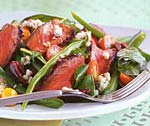 grilled steak salad with green beans and blue cheese picture