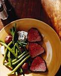 beef tenderloin with garlic horseradish cream picture