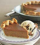 caramel-pumpkin pie with mincemeat ice cream picture