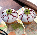 eyeball cupcakes picture