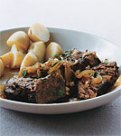 braised beef and onions picture