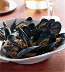 mussels with tomatoes, wine, and anise picture