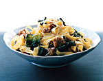 fettuccine with sausage and kale picture