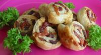 Puffy Parmesan Pinwheels picture