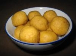 My Addictive Besan(Gram flour) Ladoo- will leave u licking ur fingers clean! picture