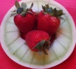 Melon Rings with Strawberries picture