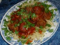Linguine With Marinara Sauce and Meatballs picture